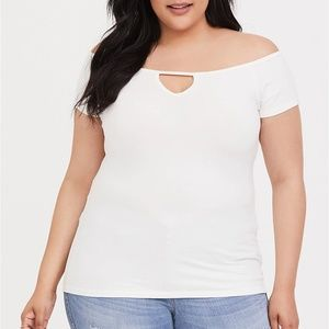 Torrid 4X Tee Top Shirt Ivory Foxy Off Shoulder